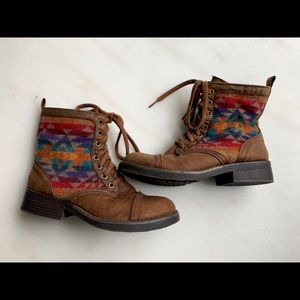 Mossimo colorful tribal boots